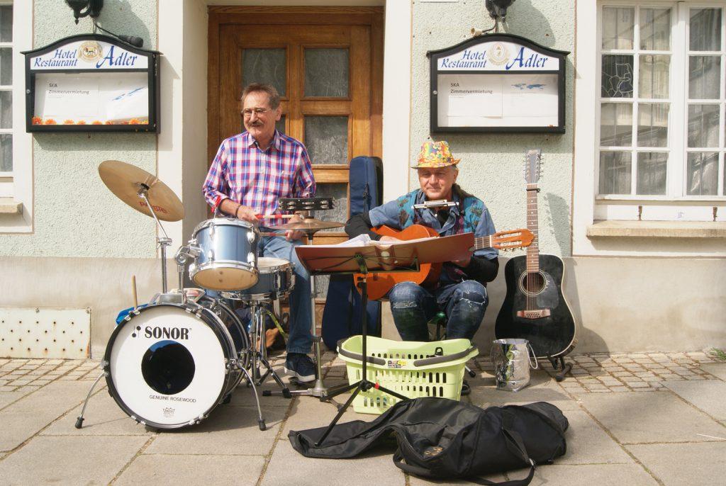 Strassen-Musiker-Treff