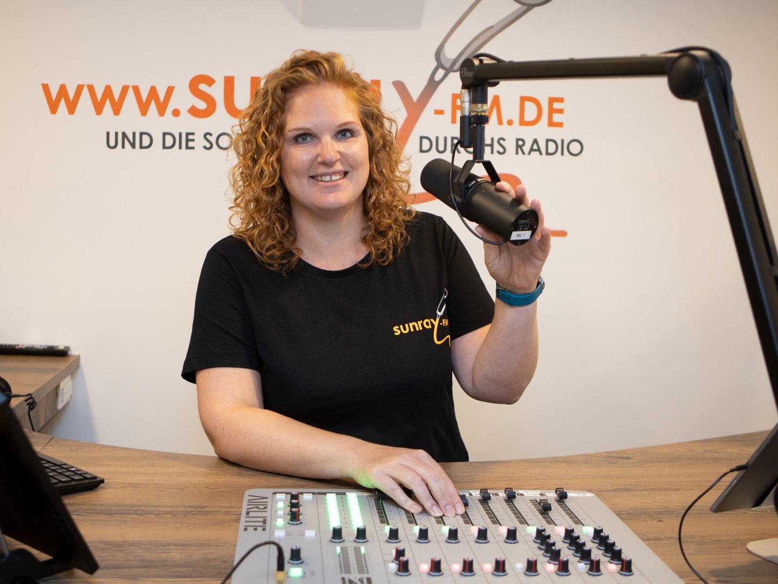 Pam - Sunray FM
