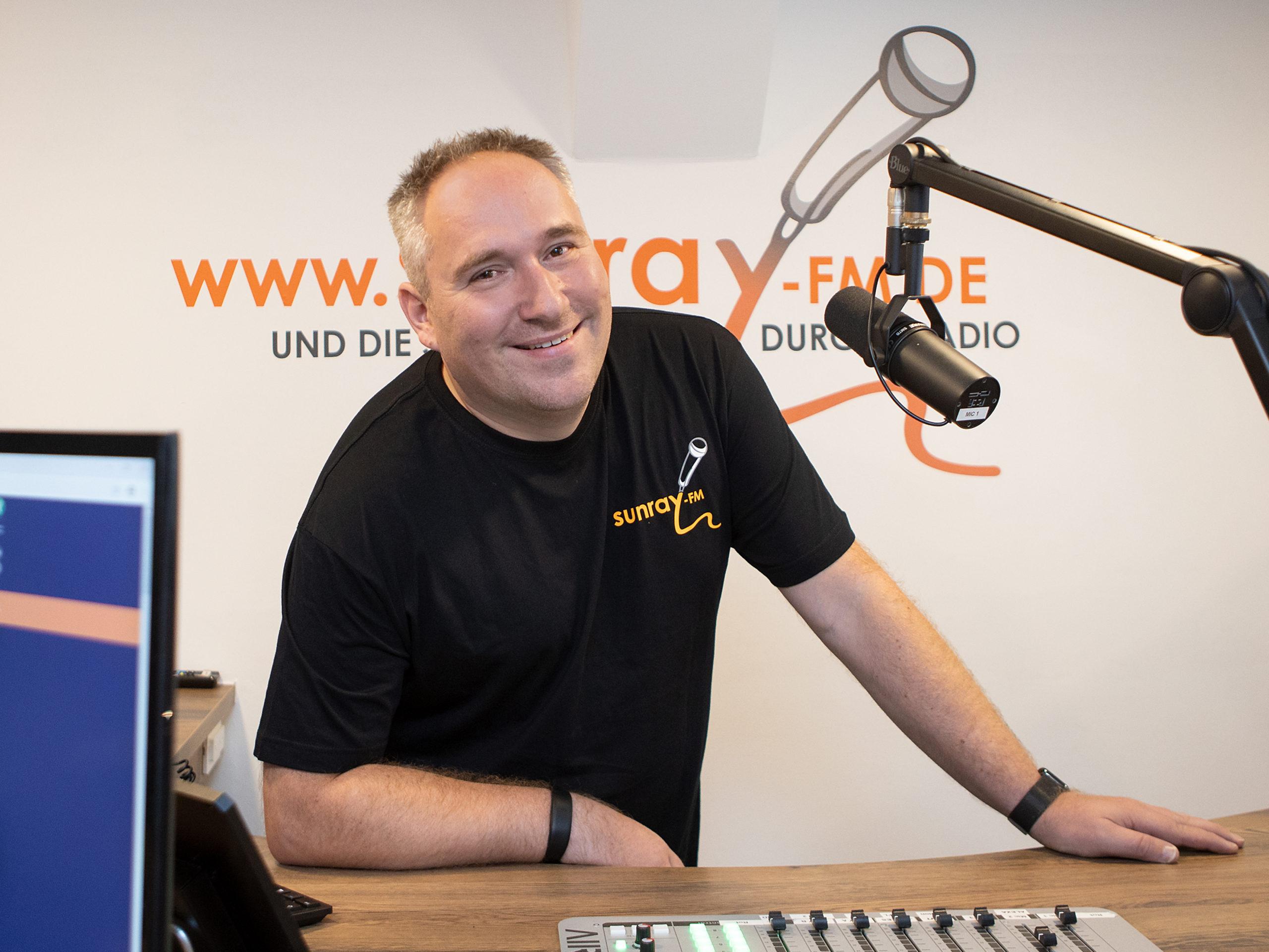 Schoto - Sunray FM
