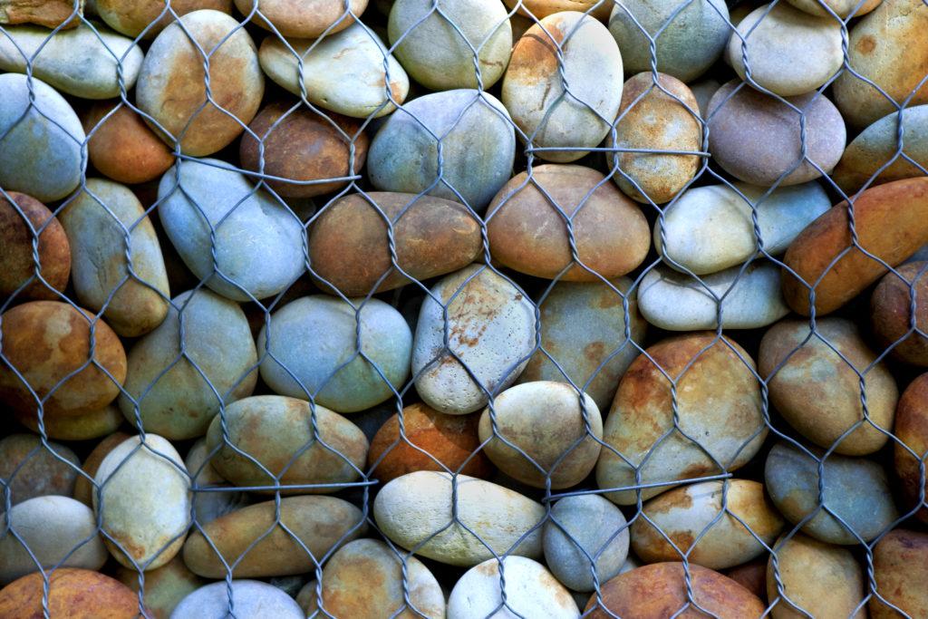 Ruckenfelsen erhält Steinschlagschutzzaun
