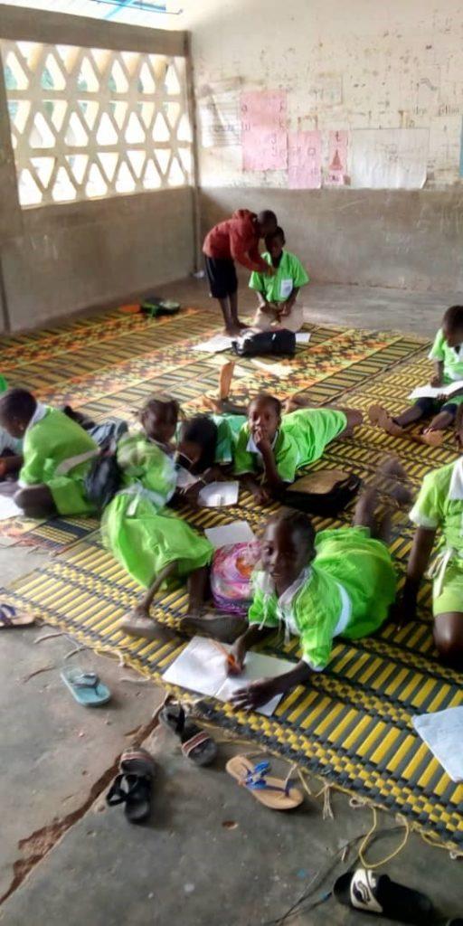 """Verbandskasten-Aktion – """"Container Afrika"""" – direkte Hilfe in Gambia"""